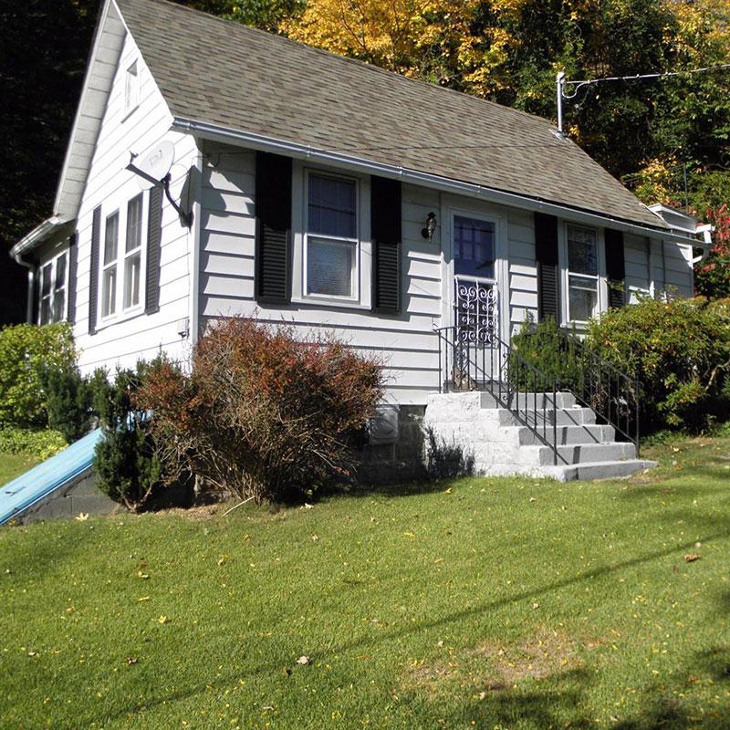 Cottage Exterior (3)